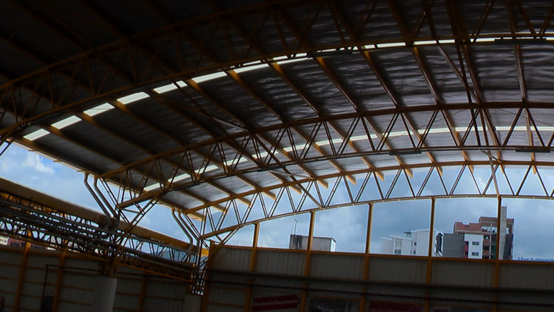 Estructura metálica para cubiertas, bodegas y almacenes.
