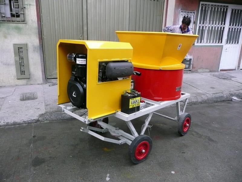 Maquina picadora con motor Diésel de 19H.P , 22H.P y 28H.P